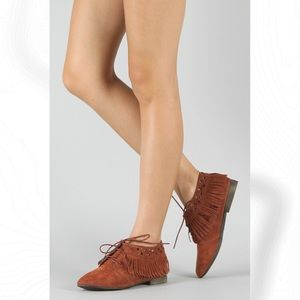 Breckelle's Fringe Cowgirl Lace Up Ankle Booties